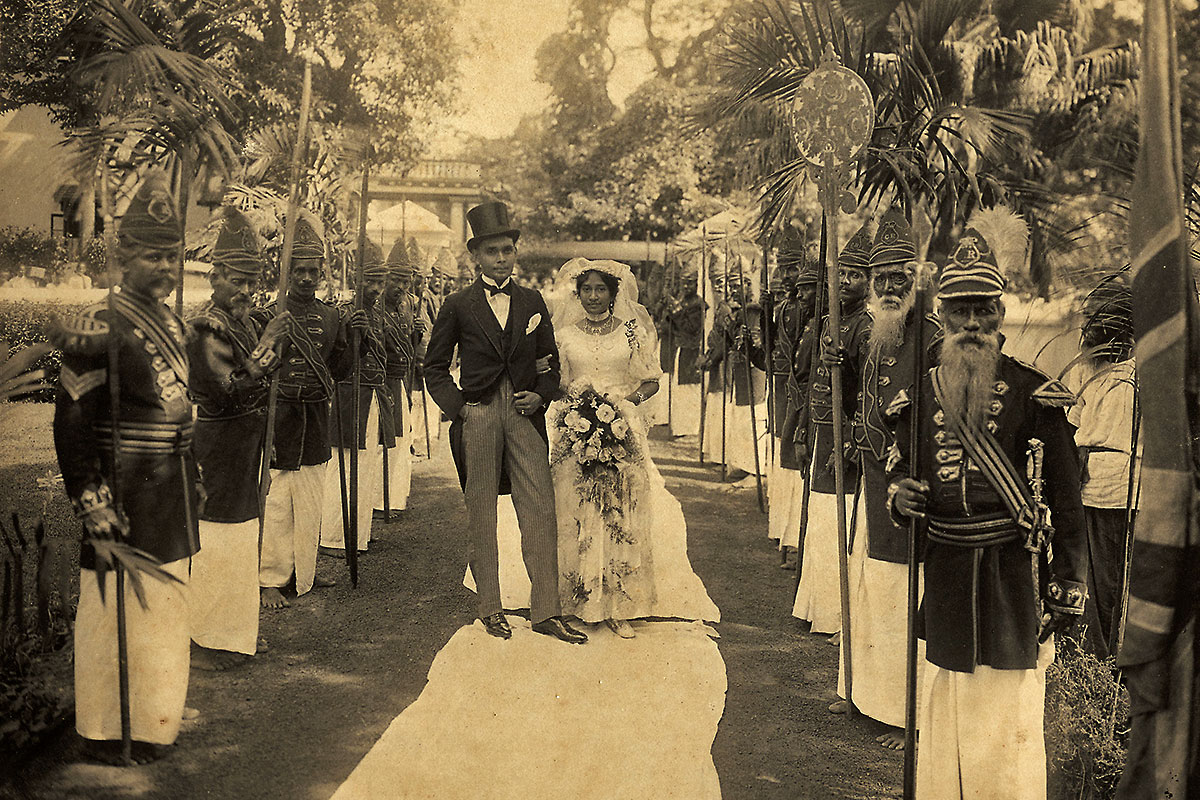Grand Entrance: White 'Pavada' on the ground and Lascoreen Guards, all traditional trappings of a Karava wedding of that time.