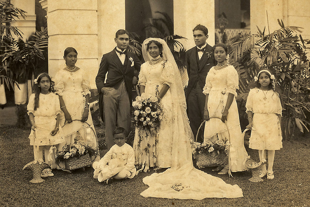 Wedding Group: SR Jnr., Henrietta and group. On extreme left is Erica, (daughter of E. C. de Fonseka), Bestman is Lionel Stanley de Fonseka (Brother) and two of the maids are Clarice and Elene de Fonseka.