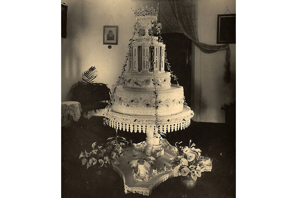 The Wedding Cake: Mammoth by today's standards, it needed a separate room of it's own.
