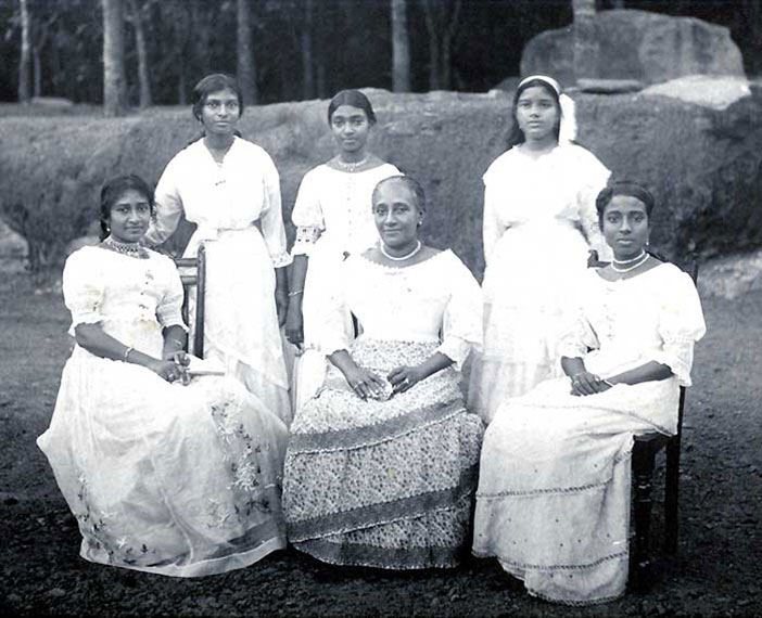 The Family: The wife and five daughters of Henry Fredrick de Fonseka. This photograph has been taken on the day of Henrietta's Engagement. (1916)
